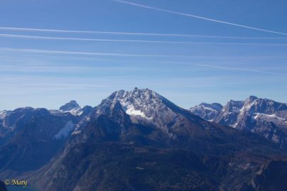 Alps and jet tracks